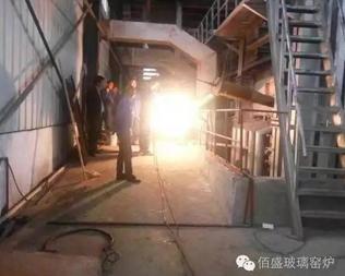 武漢典金科技有限公司130t/d壓延二線點火
