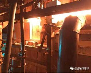 江苏沭阳金达新能源有限公司顺利完成窑炉帮砖热修