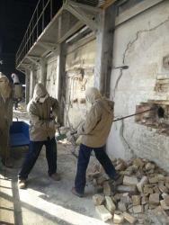 江蘇金壇索拉特特種玻璃300噸玻璃窯拆除工程